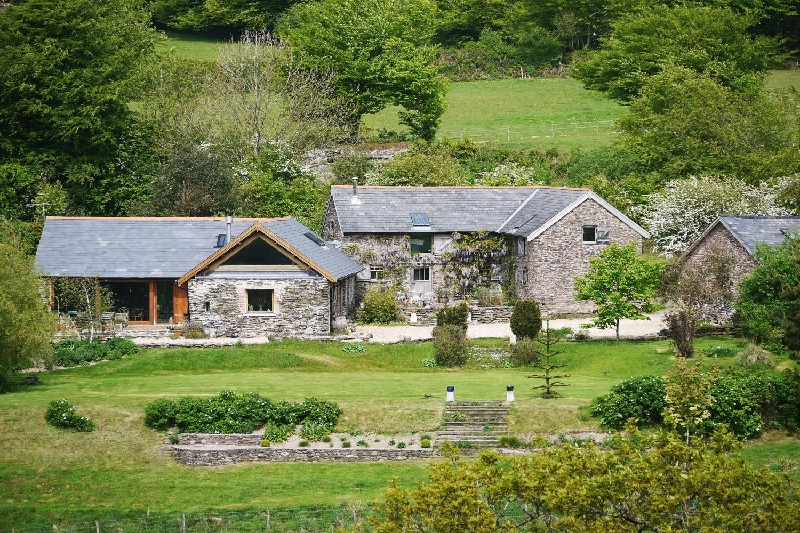 Click here for more about Bentwitchen Barn Cottage