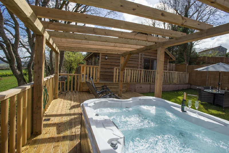 Click here for more about Elm Lodge