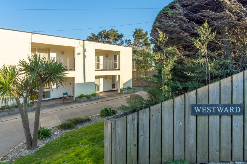 Click here for more about 12 Westward Flats