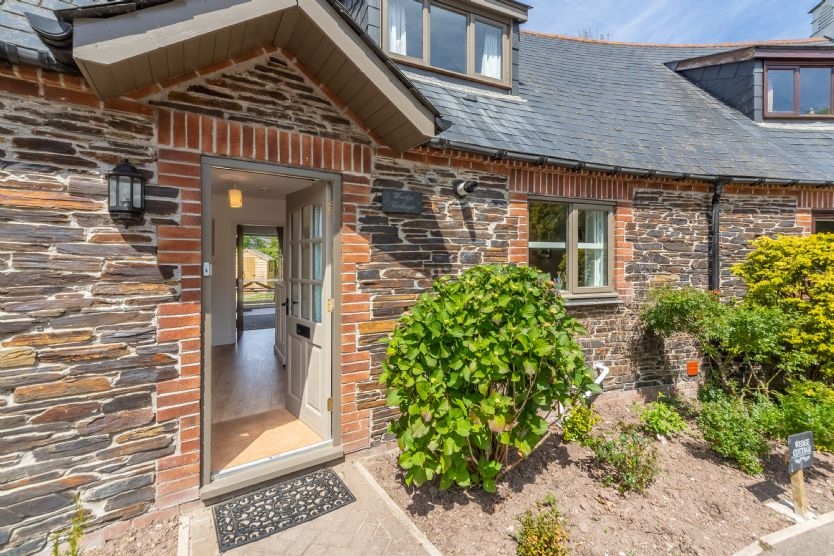 Click here for more about Wedge Cottage