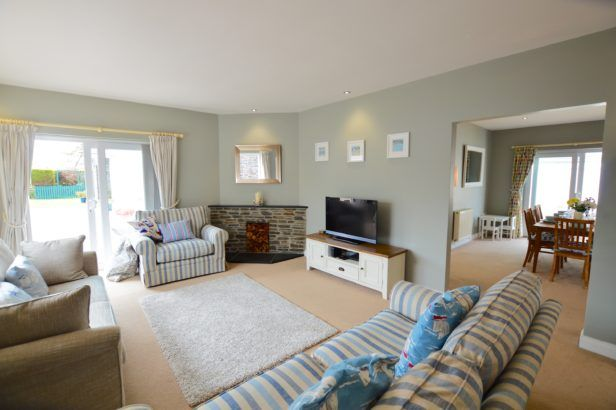 Click here for more about Seven Bays House
