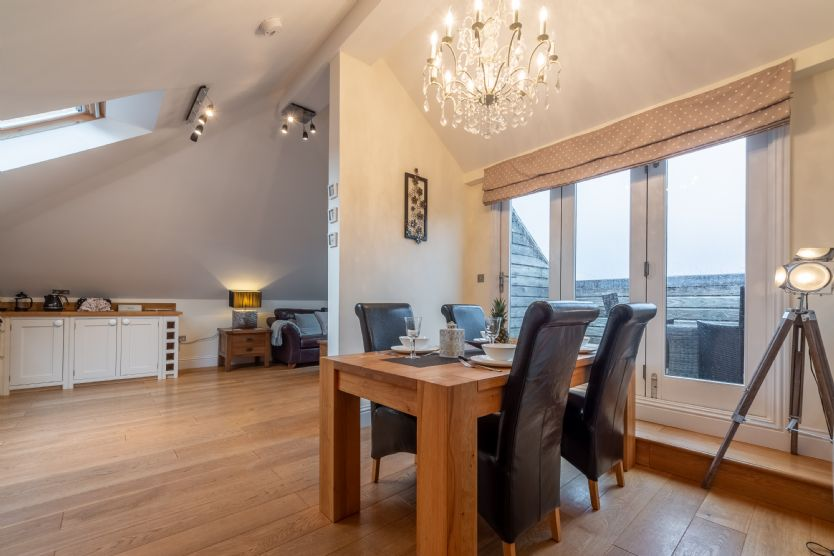 Click here for more about 9 Fernhill Penthouse