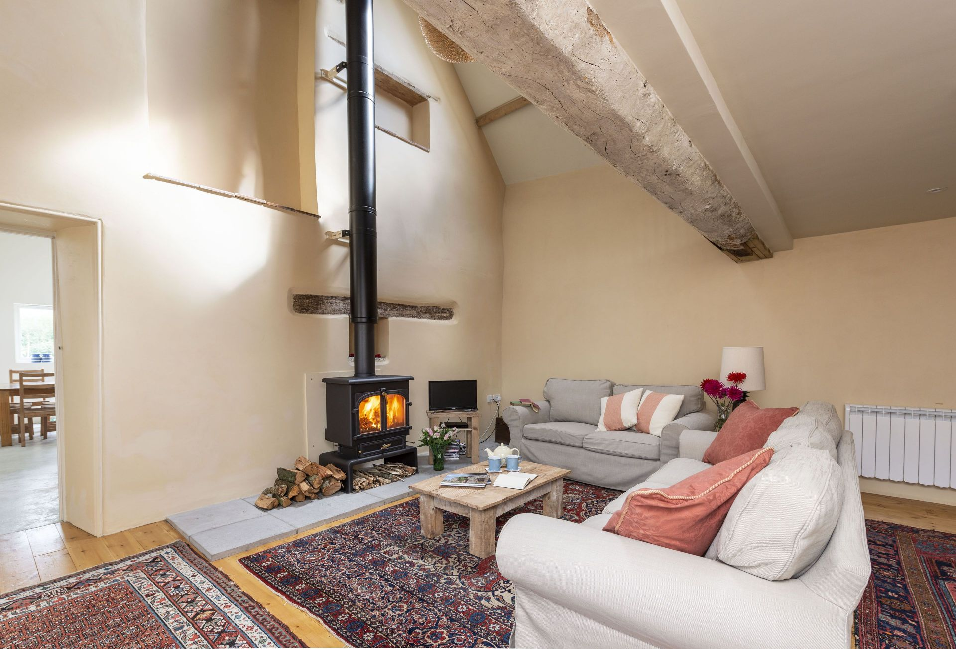 Click here for more about Stable Cottage at Draycott