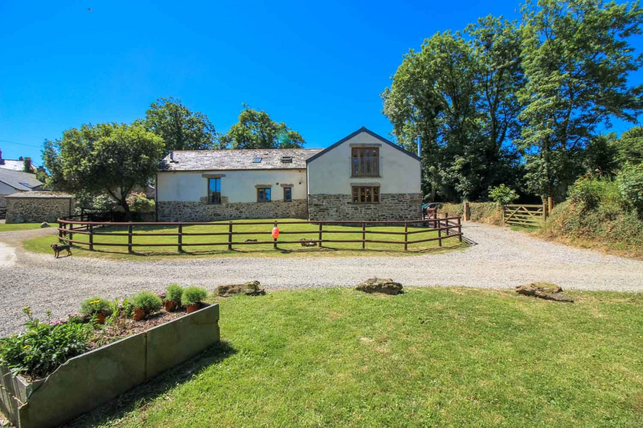 Click here for more about Tizzy Barn
