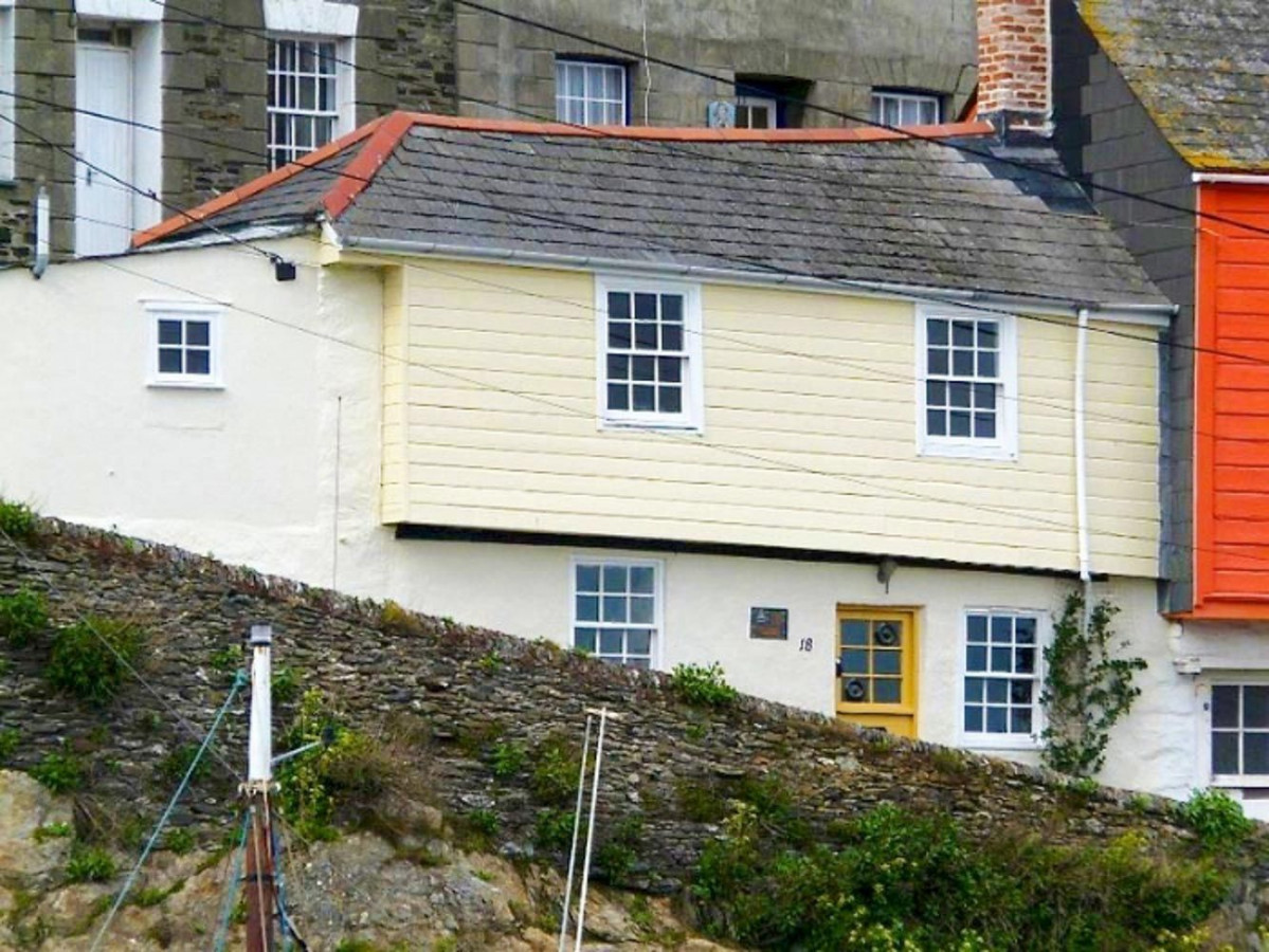 Click here for more about Ferryman's Cottage