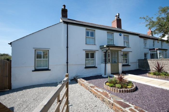 Click here for more about Laburnum Cottage