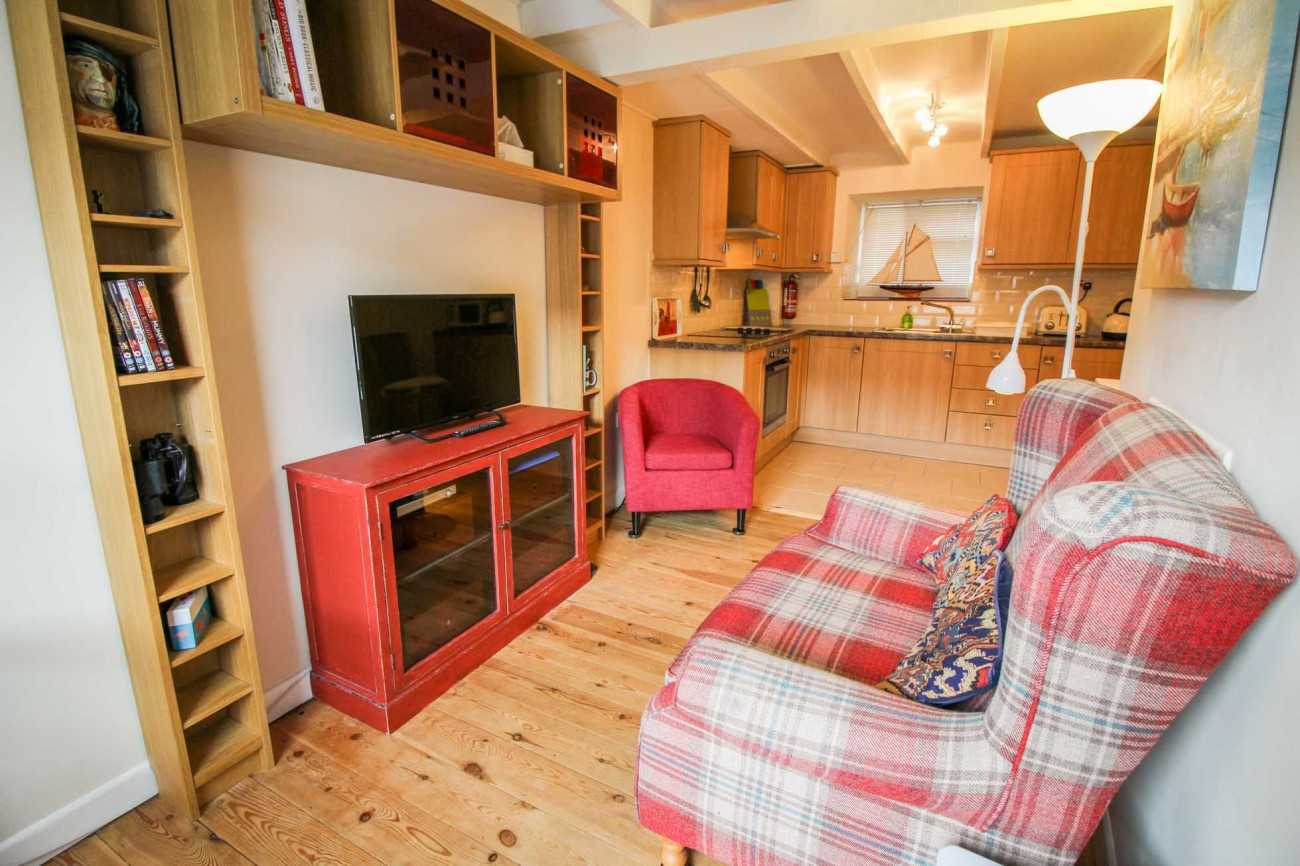 Click here for more about Fulmar Cottage