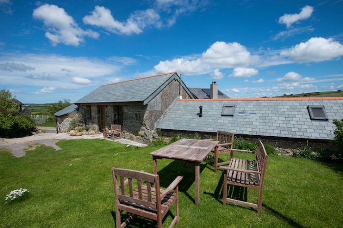 Click here for more about Treganoon Round Barn
