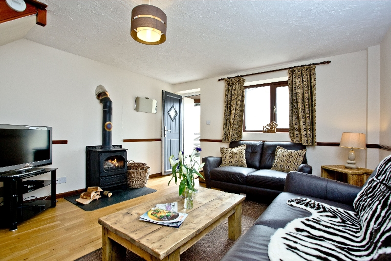 Click here for more about Cranny Cottage - East Thorne