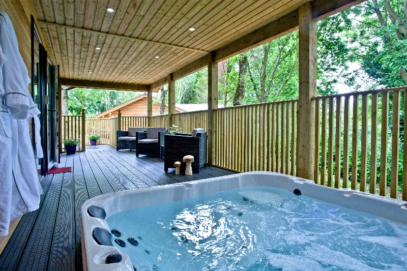 Click here for more about Cedar Lodge - South View Lodges