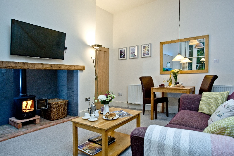Click here for more about Magnolia 2 - Cockington Cottages