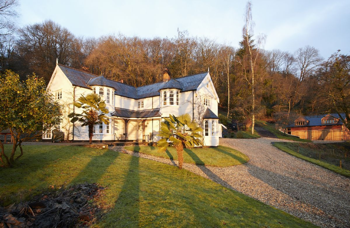 Click here for more about Slowpool and Littlepool