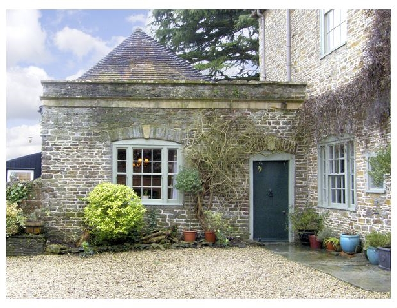 Click here for more about Hill House Cottage