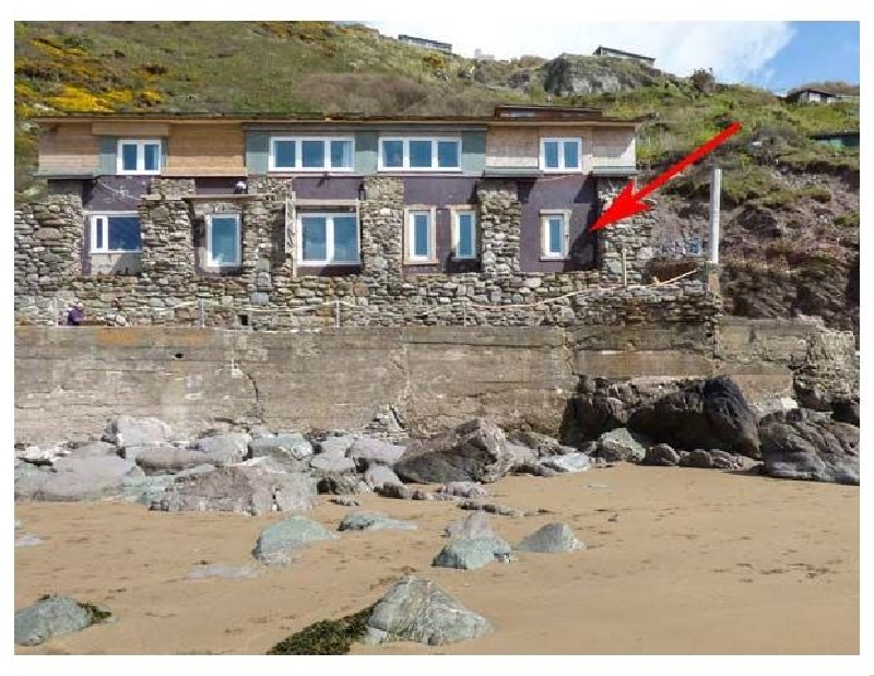Click here for more about Beachcomber's Cottage