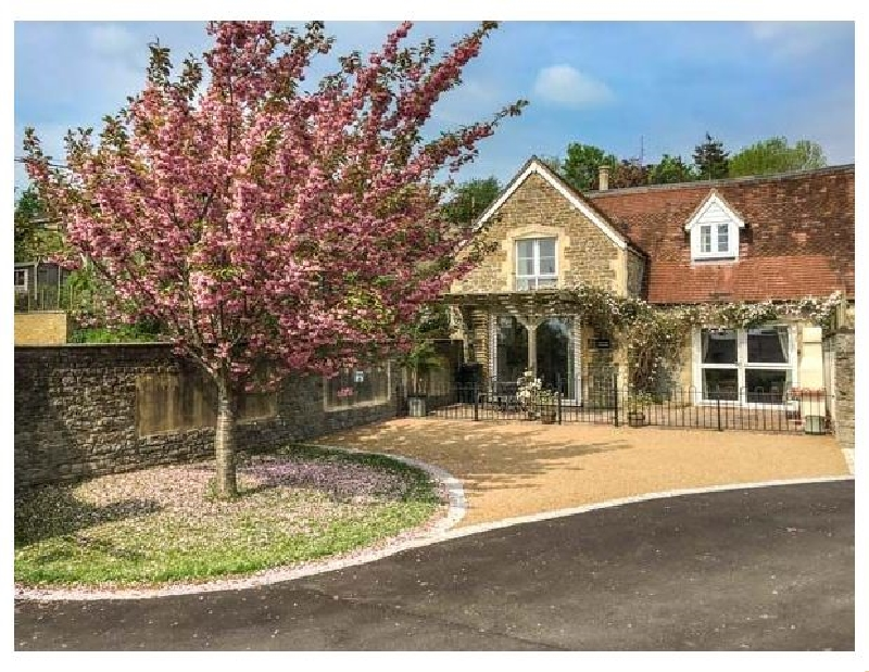 Click here for more about Rectory Coach House