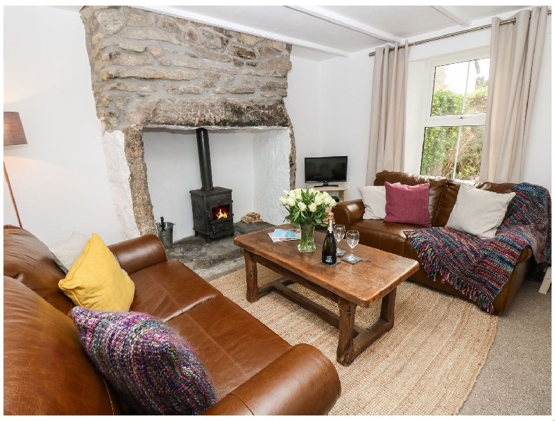 Click here for more about Blue Reef Cottage