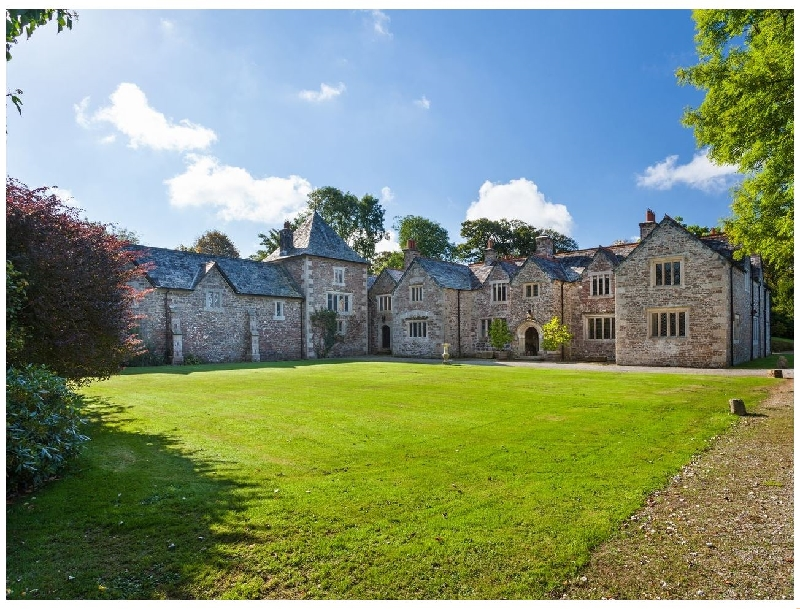 Click here for more about Great Bidlake Manor