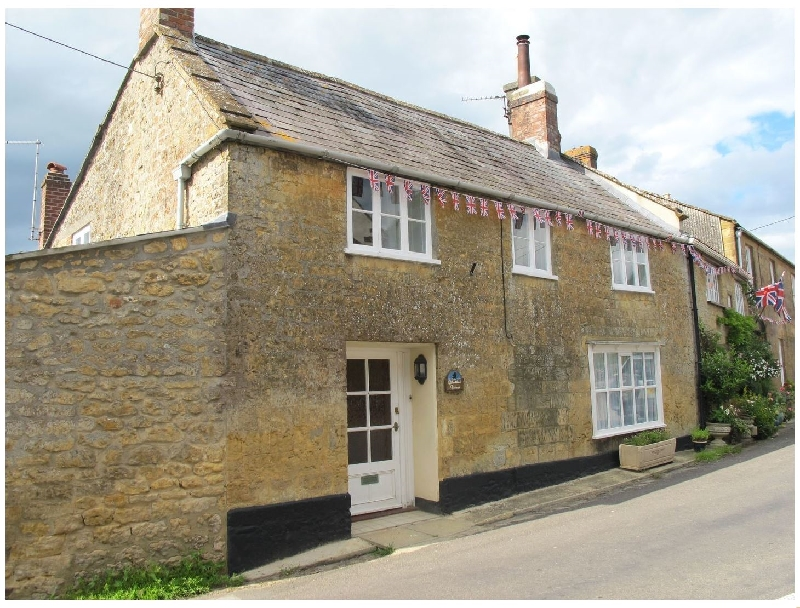 Click here for more about Blackbird Cottage