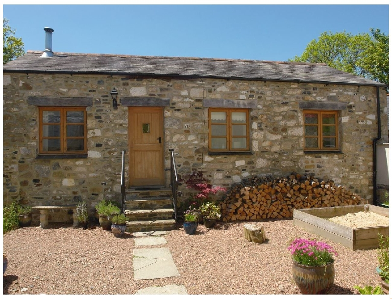 Click here for more about Mill House Barn