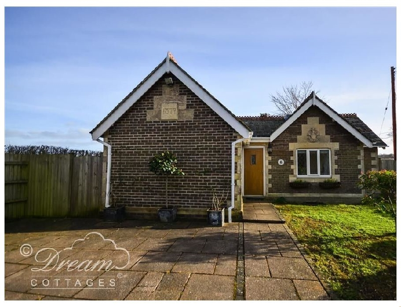 Click here for more about Frome Lodge House