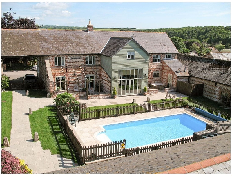 Click here for more about Manor Farm Barn