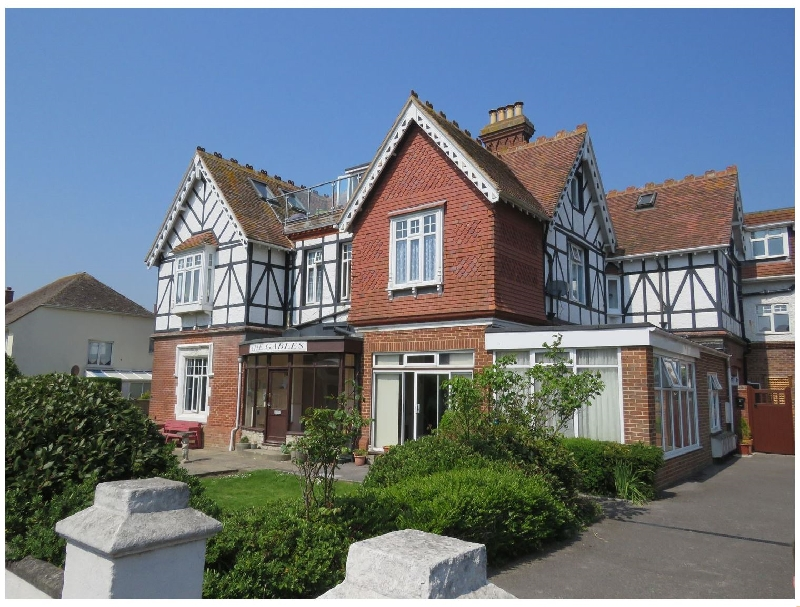 Click here for more about Swanage Bay Apartment