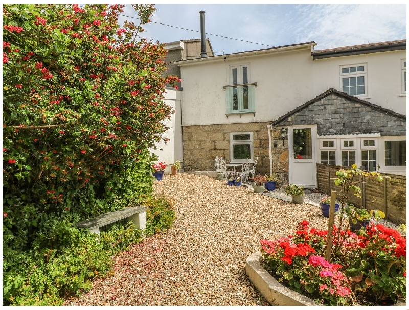 Click here for more about 2 Riverside Cottages