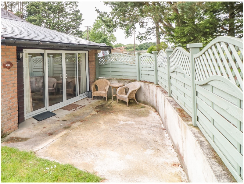 Click here for more about Stable Cottage @ Kingslakes