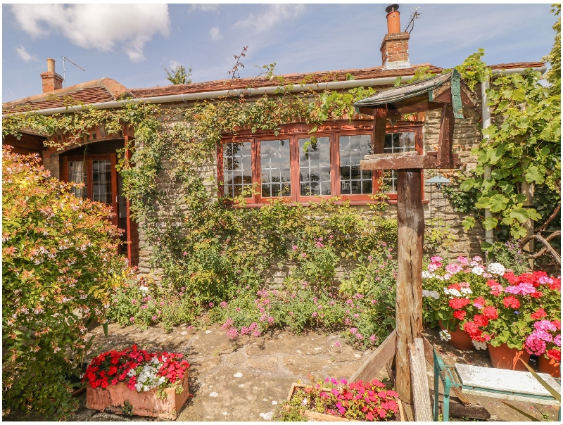 Click here for more about Quiet Corner Cottage